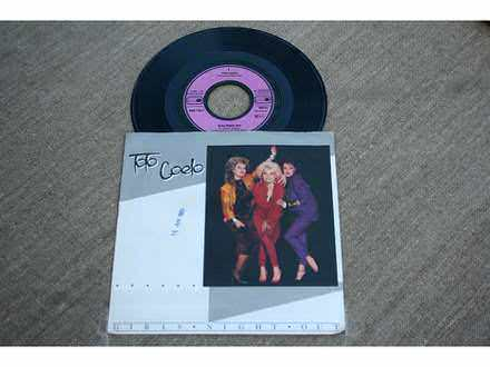 Toto Coelo - Girls Night Out