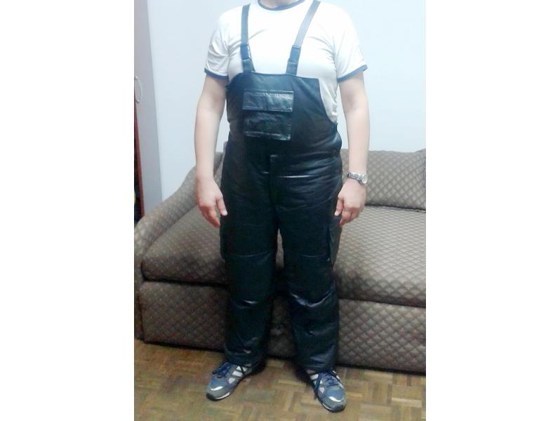 Tregerice pantalone od visoko kvalitetne EKO kože NOVO!