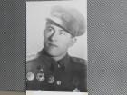 VOJNE- OFICIR FNRJ  SA ORDENJEM 1945/50 (VII-58)