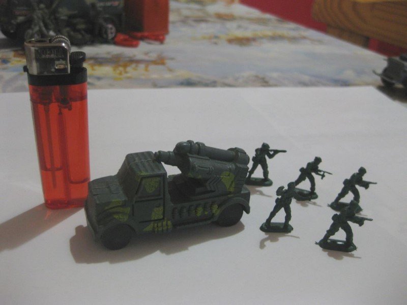 Vojnici LOT 3 (5 komada + kamion lanser rakete)