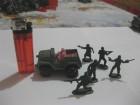 Vojnici LOT 4 (5 komada + vojni džip)