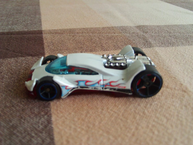 Vulture - Hot Wheels - metalni