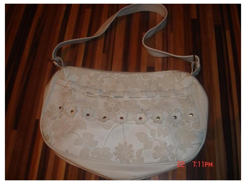 Zenska elegantna torbica