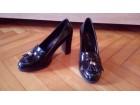 Zenske kozne lakovane cipele