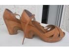 Ženske kožne sandale 41