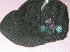 Zimska ženska kapa od poliakrila