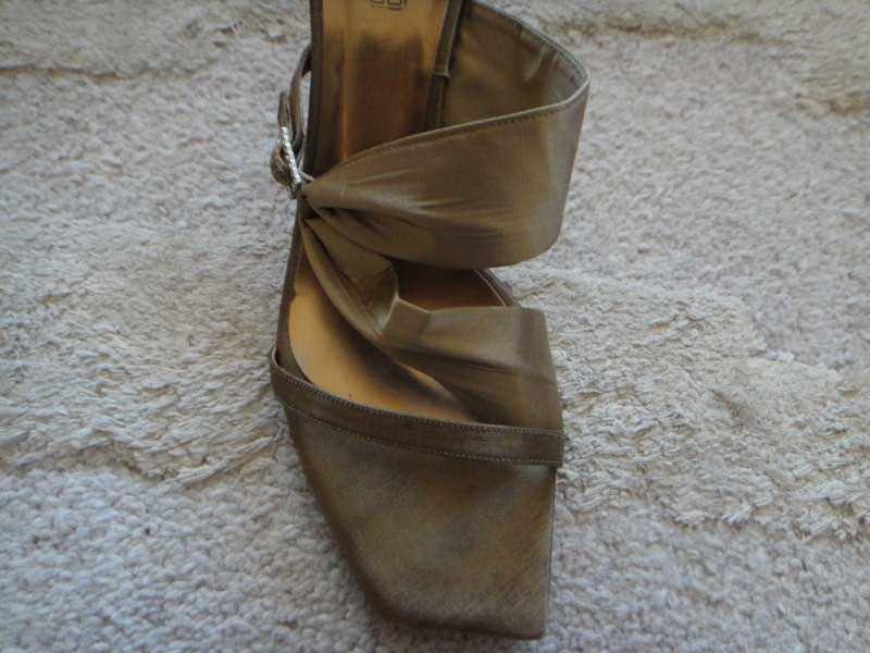 Zlatne sandale Baby Blue