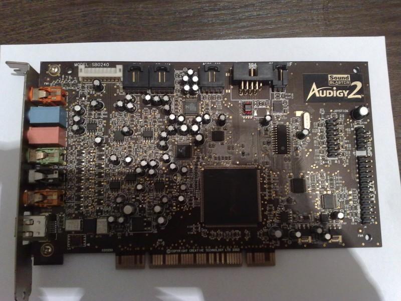 Zvucna karta CREATIVE Sound Blaster Audigy 2!