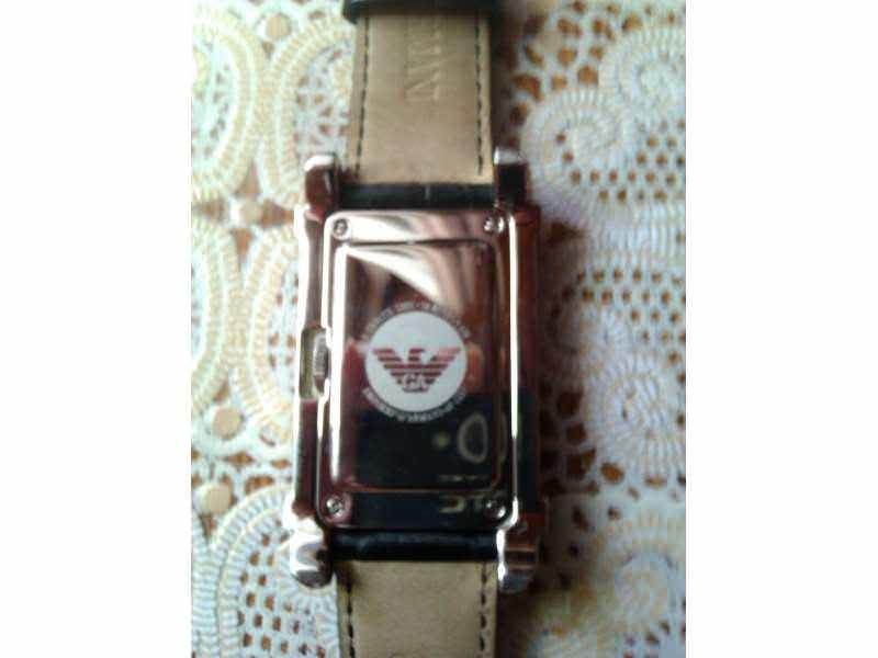 armani sat ar0257   naravno orginal   kao nov bez ogreb