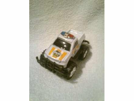 autić - plastični džip - NOV