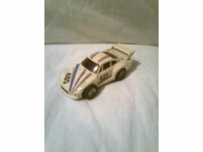 autić sportski auto 405