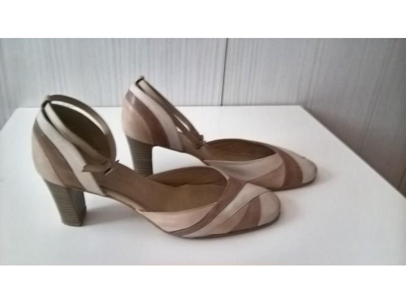bež elegantne cipele