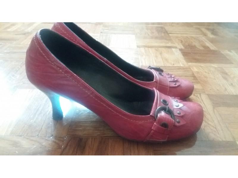 crvene cipele br.39 - koža