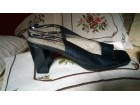 kozne sandale 38 metalik plave -kao nove