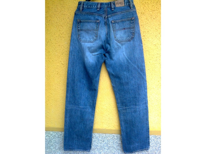 l TOMMY HIFLINGER DENIM