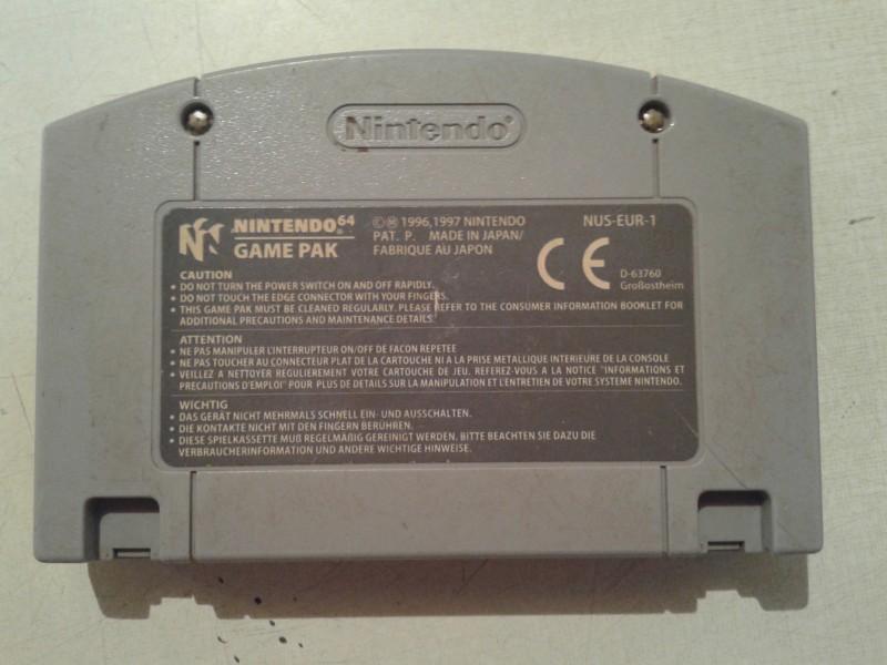 nintendo 64 igrica war zone ispravna sa slika