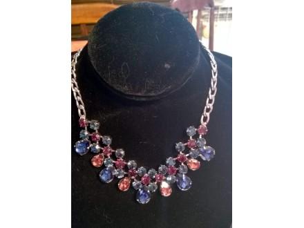ogrlica rodijum sa kristalima