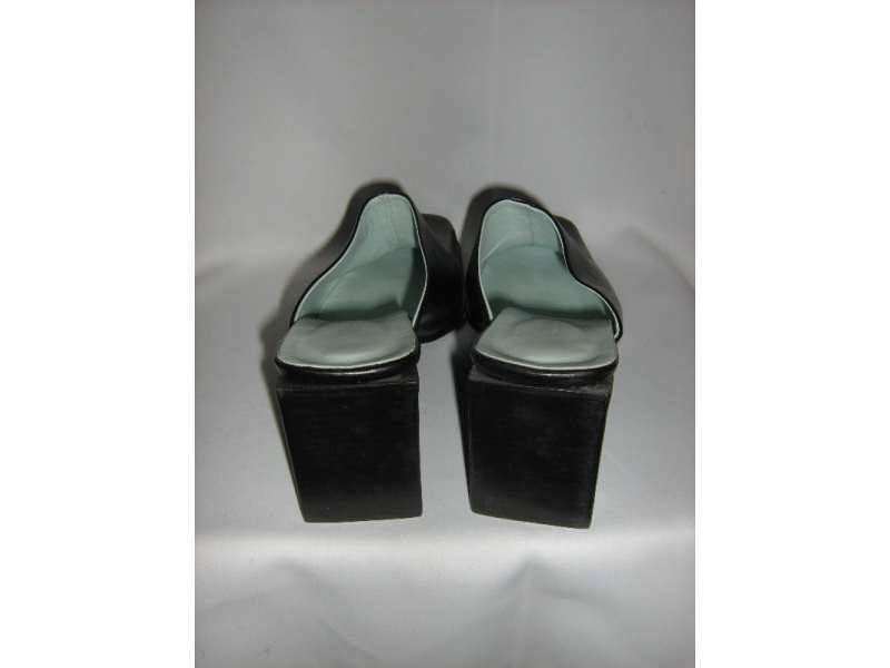 papuce kozne    - COLORI - 36..nove-italijanske