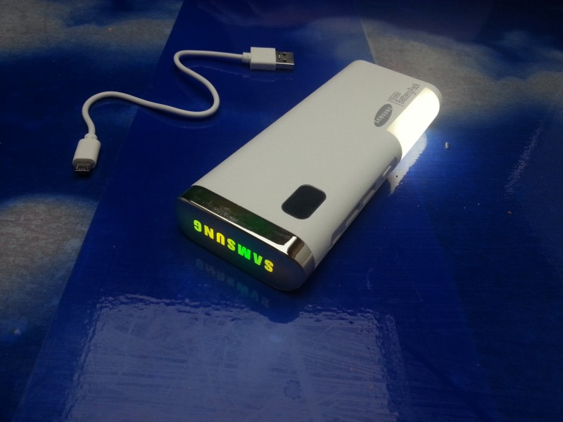 power banka 30000mA RGB Samsung