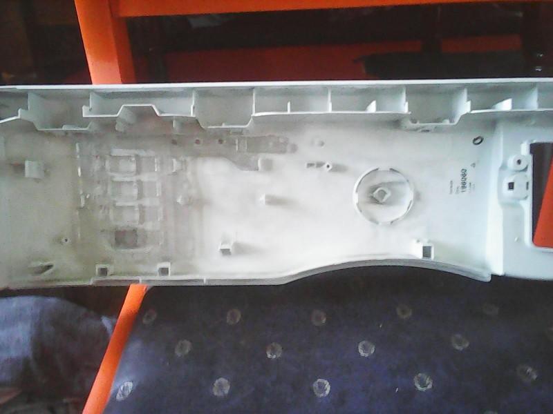 prednja tabla sa dugmicima i prekidac bez ostecenja