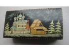 ruska oslikana drvena kutijica