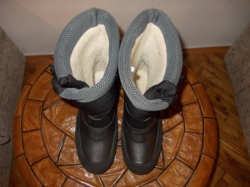 umbro ne promocive cizme