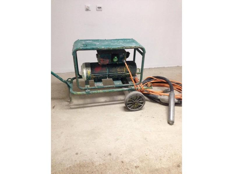 vibrator za beton